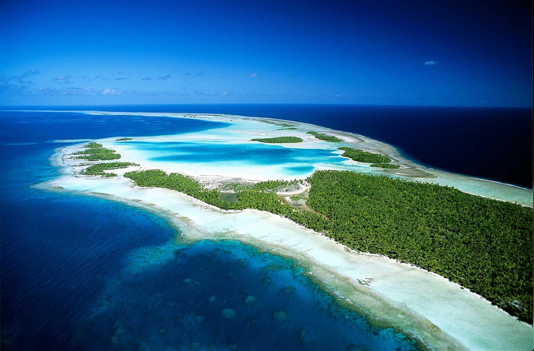 Rangiroa, Tuamotu Islands, French Polynesia  № 6962 загрузить